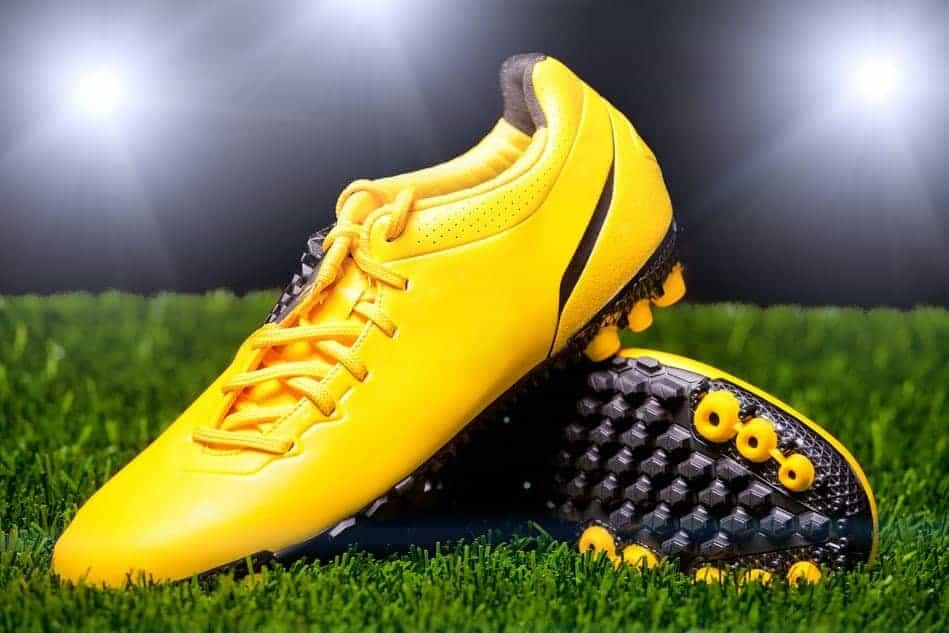 Plej dine fodboldstøvler så de kan klare flere ture i rampelyset